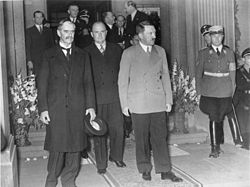 Chamberlain and Hitler after the Godesburg meeting
