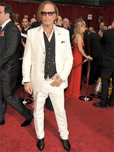 mickey-rourke-oscars-red-carpet-022209-lg-48321455