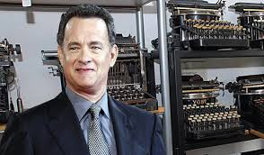 Tom Hanks with some of his typewriters. Soucre: oztypewriter.blogspot.com