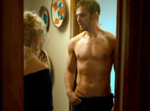 rs_560x415-140710100625-1024.Dan-Stevens-Shirtless-The-Guest.jl.071014_copy