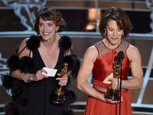 "Dana Perry and Ellen Goosenberg Kent accept the Best Documentary Short Award for ""Crisis Hotline. source: getty"