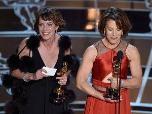 "Dana Perry and Ellen Goosenberg Kent accept the Best Documentary Short Award for ""Crisis Hotline. source: getty"