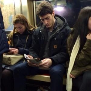 hot-dudes-reading-books-instagram-1-605x605