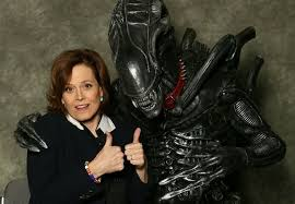 Old pals Ripley and Xenomorph together again