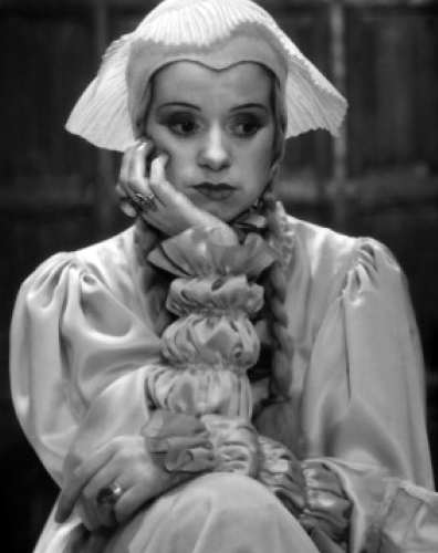"Elsa Lanchester as Anne of Cleves, ""The Private Life of Henry VIII"""