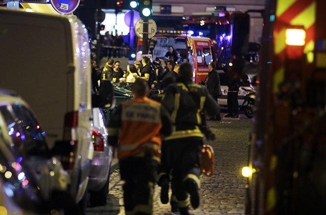 Paris-Bataclan-Rue-Bichat-paris-attack-nov-13-2015-billboard-650