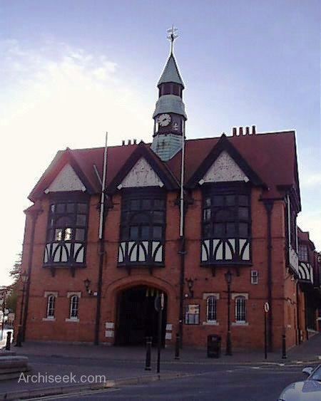 former_townhall_lge